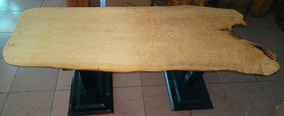 (3)難得的黃檜大桌板台灣黃檜扁柏HINOKI黃檜板黃檜桌子/屏風/壁掛雕刻都漂亮 閃光瘤花重油料 兩面都可以用都很漂亮