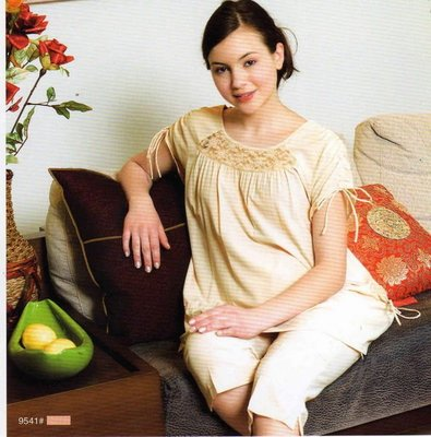 ☆╮十月美人╭☆只賣169元【9541】精緻細膩抽繩抓皺袖七分褲裝~杏