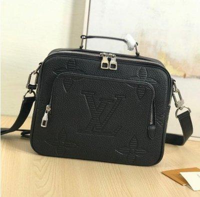 甜甜二手精品LV M57287 FLIGHT CASE 柔軟黑色 Taurillon Shadow皮革 相機包 記者包