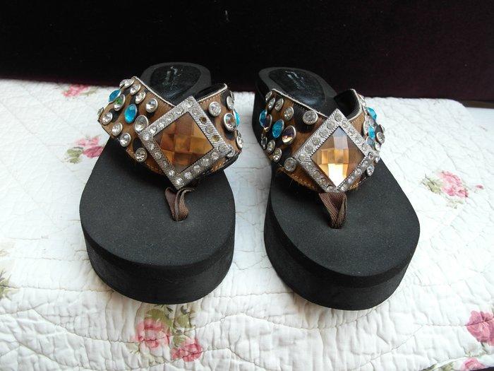 浪漫滿屋 女鞋系列*休閒鞋 .帆布鞋.平底鞋.各類鞋款......47