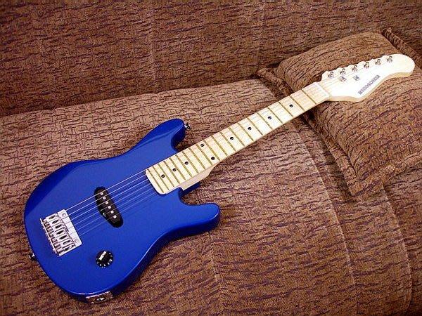 ☆ 唐尼樂器︵☆全新 Musicadenza 30吋 迷你小型電吉他/旅行電吉他/兒童電吉他(極推薦!!)