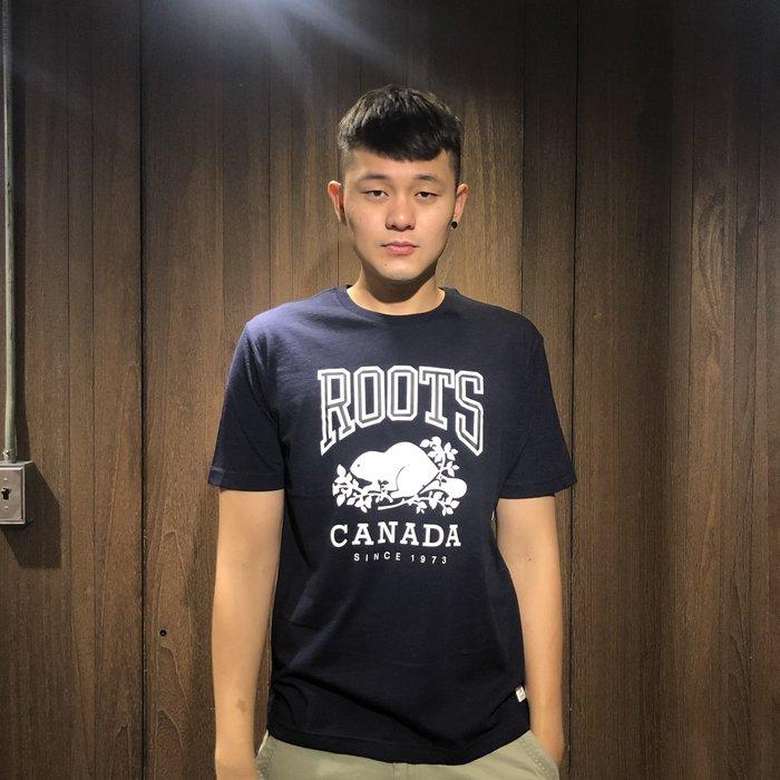 美國百分百【全新真品】Roots LOGO 經典 棉質 變色龍 短袖 T-shirt T恤 深藍/黑色 Ag89