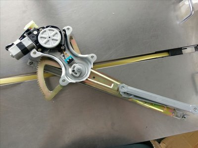 豐田 CAMRY 2.0 02年到05年 電動升降機 升降機總成 升降機 前左 防夾 信昌件