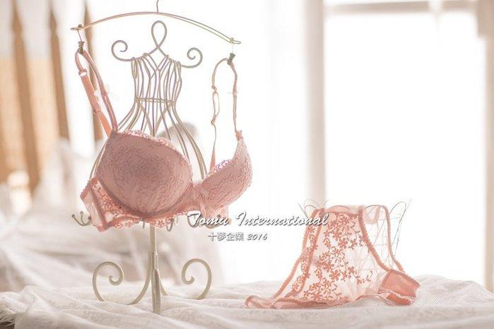 法式精緻緹花蕾絲刺繡 復古宮廷風 性感半罩杯  粉嫩賣場 成套內衣 十夢企業