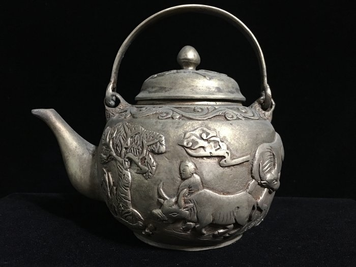 *藏雅軒*早期收藏-手工鎏銀製品-擺件觀賞壺-牧童春牛壺