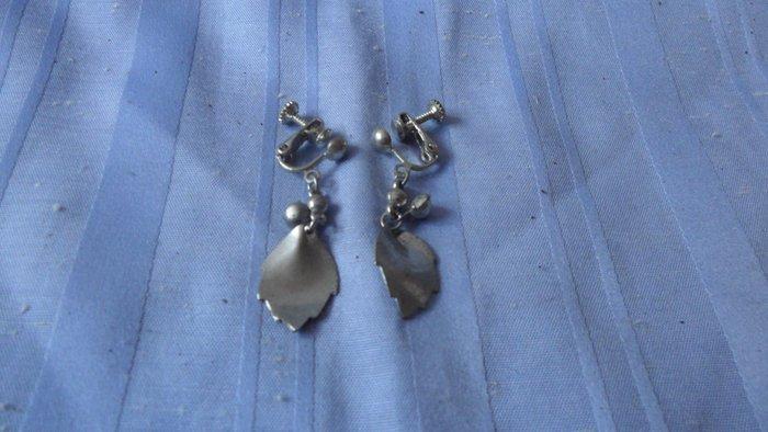 紫色小館8-------古式耳環