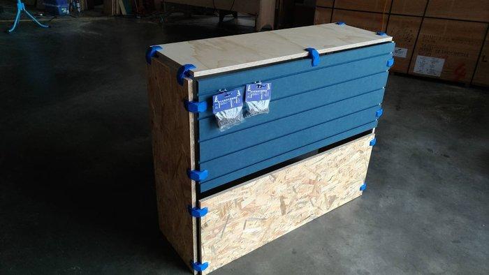 PlayWood® 木製容器連接器 共5種顏色90゚105゚150゚~一盒4入裝 陳列桌 展示櫃 屏風 活動櫃  DIY