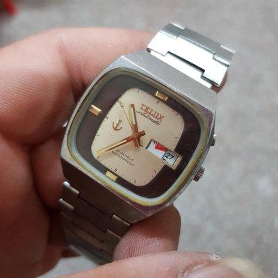 機械錶<行走順暢>日本 TELUX 35mm<星期顯示怪怪>值得整理  老錶 男錶 另有 賽車錶 飛行錶 軍錶 潛水錶 水鬼錶 女錶 中性錶 E07