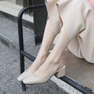 『真皮世家』涼鞋女中跟米白色性感夏季舒適不露腳趾羅馬包頭鏤空氣質優雅新款