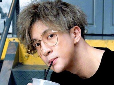 ♂WangMan_25♂  明星同透明眼鏡框。眼鏡韓國網紅同款。圓臉個性透明無框眼鏡防風鏡 CC1710117