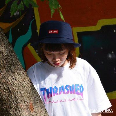 【Brand T】日線 THRASHER HOMETOWN SPIKE TEE 白色*字體*漸層*短T【TH004】