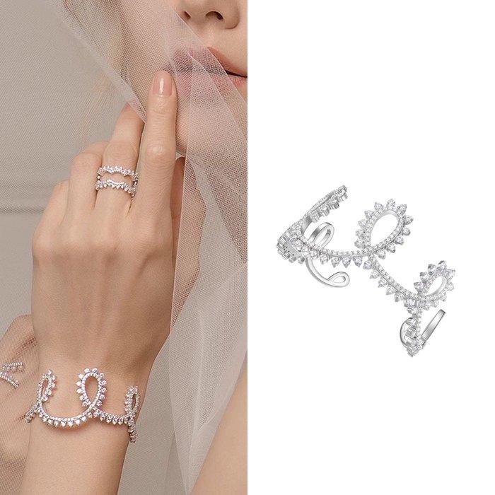 💎1086、哥德蕾絲系列 高貴流線設計晶鑽手鐲💎正韓 飾品 空運 珠寶 耳環