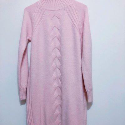 粉紅色編織花紋毛衣連身洋裝