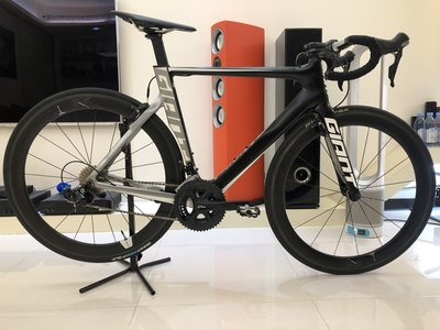 GIANT Propel Advanced 2 消光黑公路車 M號