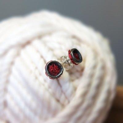 紅點點耳環 Red Dots Stud Earrings