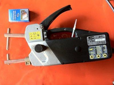 {中古焊接設備維修買賣出租}手持式點焊機~板厚2+2~精密點焊~電容式點焊機~氬焊機 小型點焊機