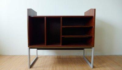 Bang & Olufsen Hi-Fi cabinet 丹麥B &O 視聽櫃