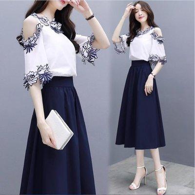 ZIHOPE 流行兩套裝洋裝 2019新款女裝夏氣質溫柔兩件套收腰長裙漏肩連身裙A字套裝裙ZI812