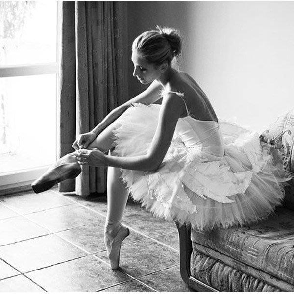 5Cgo【鴿樓】會員有優惠 39906564760 芭蕾舞蹈裙 成人舞蹈裙紗裙蓬蓬天鵝湖專業體操演出表演比賽服 芭蕾舞衣