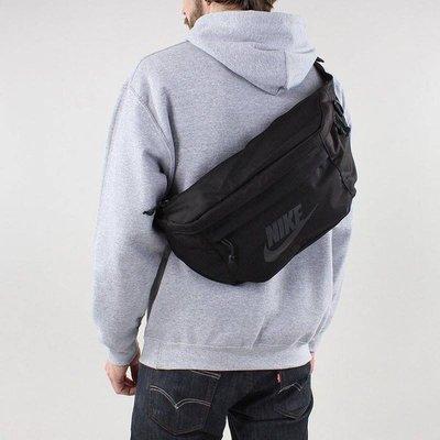 [飛董] Nike Tech Hip Pack  大容量 側背包 腰包 BA5751-010 黑