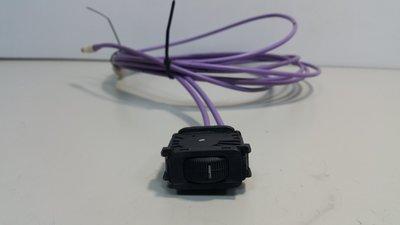 BENZ W202 1983-2000 大燈高低調整開關 大燈開關 (高低調整用.2孔) 1248000073