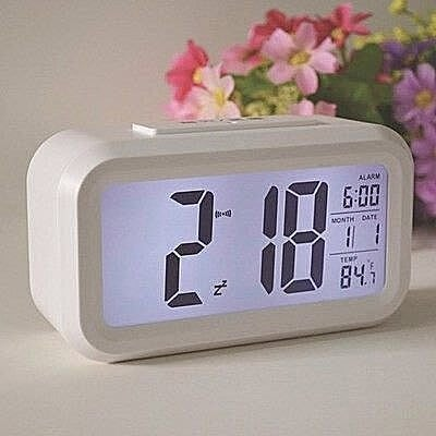 【易發生活館】超靜音臺鐘貪睡鬧鐘簡約創意可愛聰明鐘夜光電子時鐘鐘表時尚