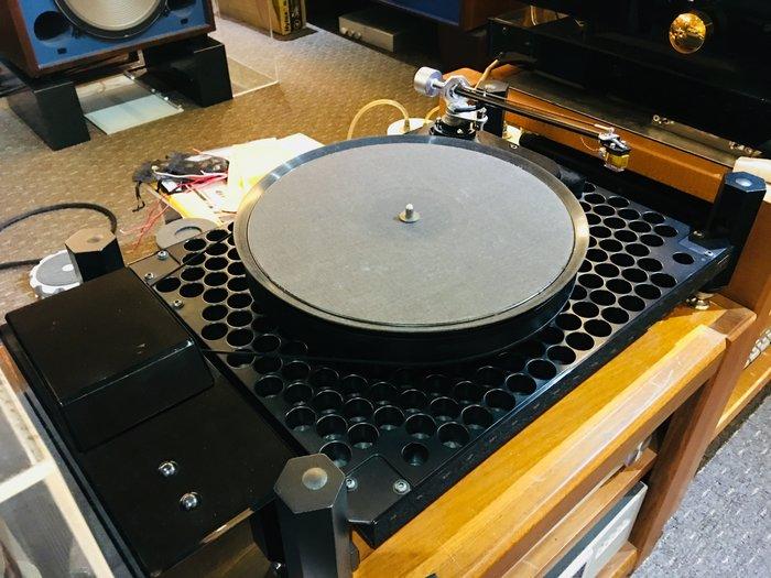 現貨供應 SOTA MILLENNIA 吸盤黑膠唱盤 唱臂另購