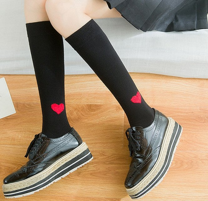 晶華屋--日系純色愛心長筒棉襪 秋季新品及膝襪 日韓學院風襪子 學生及膝襪 長筒襪 愛心及膝襪
