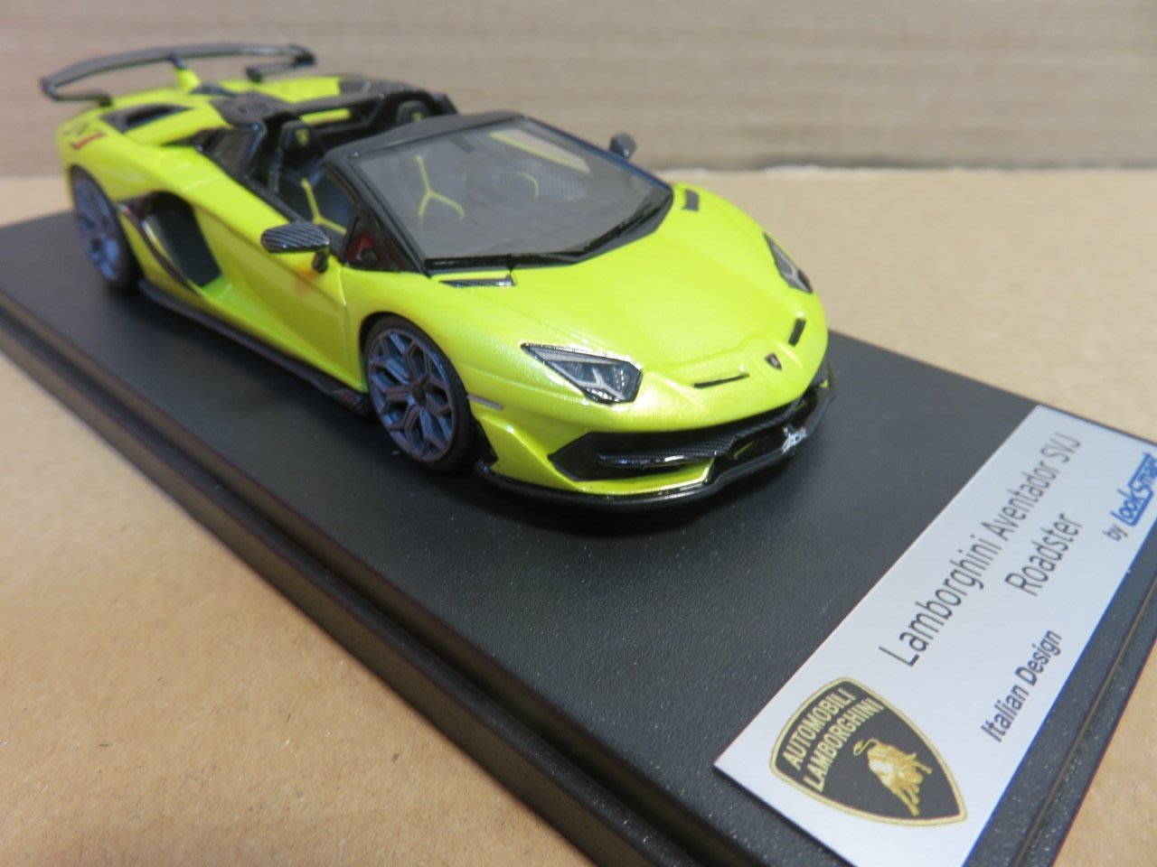 =Mr. MONK= Looksmart Lamborghini Aventador SVJ Roadster