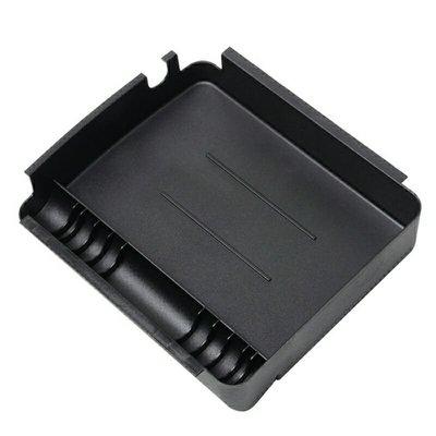 車達人 FOCUS MK3 中央扶手置物盒