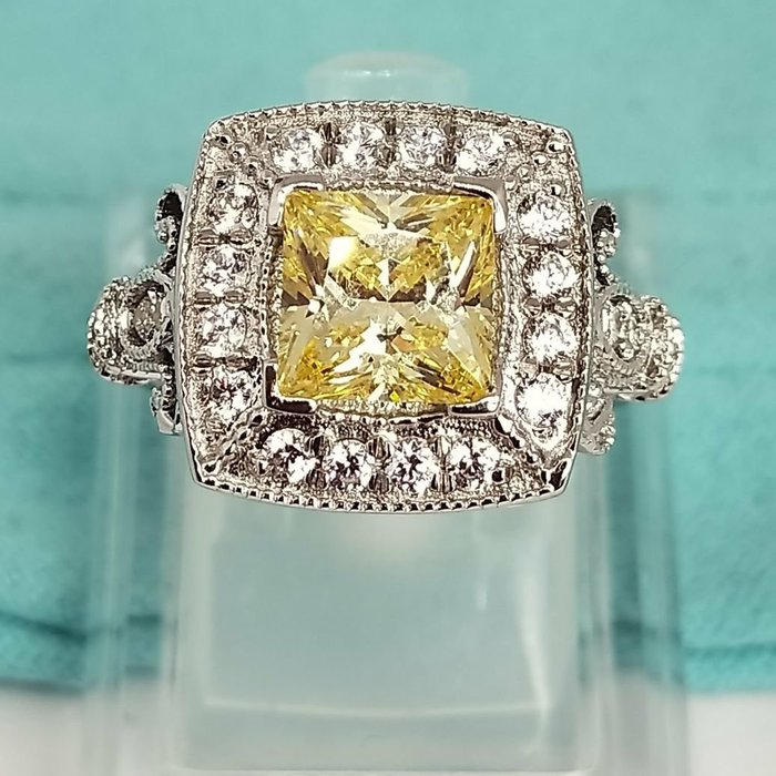 實驗室黃鑽金鵝黃鑽石珠寶首飾925純銀包白金戒指微鑲主鑽5克拉高碳鑽石肉眼看是真鑽超低價鉑金質感可通過測鑽莫桑鑽寶特價優惠