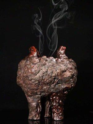 【三顧茅廬 】日本拍賣會回流 昭和時期.天然櫻木樹瘤隨形雙耳三足香爐
