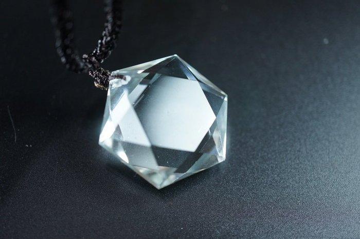 「還願佛牌」天然 靈擺 大衛星 六芒星 六角星 問事 增強磁場 靈力 白水晶