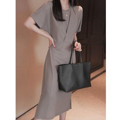 無分店 巴黎小時光一間老店~免運費+附發票~  什麼都不想穿的時候就穿她。 。 。洋氣隨性舒適感連衣裙