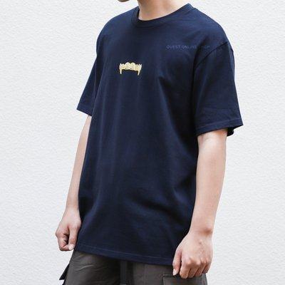 【QUEST】SUPREME FRONTS TEE 19SS 金牙 鑲鑽 短袖 上衣 短T 深藍色 小LOGO