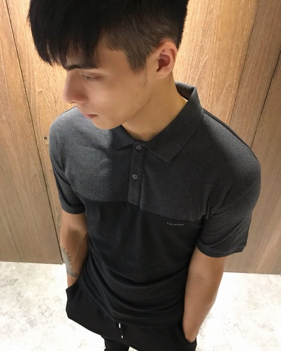 美國百分百【Calvin Klein】Polo衫 CK 短袖 上衣 素面 網眼 logo 拼接 灰黑 L號 J477