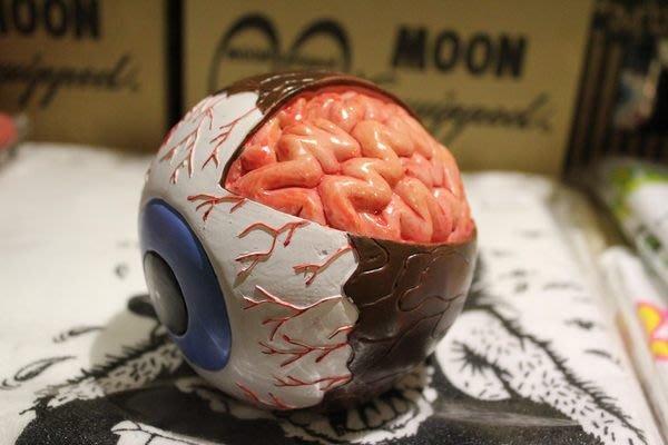 (I LOVE樂多)(極少量)驚悚擬真系列 眼球怪剖腦殭屍存錢桶 陰屍路