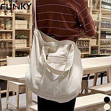 ☆Funky 小版男裝☆ 現貨秒出貨 17夏季新品 極簡風格 手工訂製簡約素色帆布托特包 側背包 單肩包 手提包 多背法