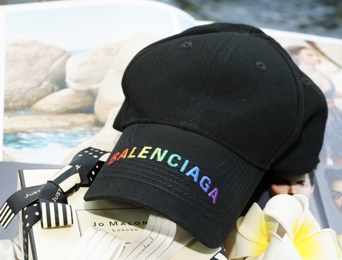 Balenciaga Embroidered canvas baseball hat 彩虹 logo 帽