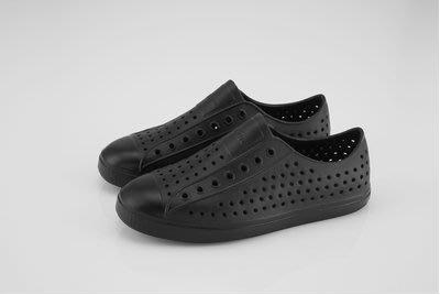免運Native JEFFERSON 休閒洞洞鞋 懶人鞋 輕量防水情侶男女款 全黑M4~M10