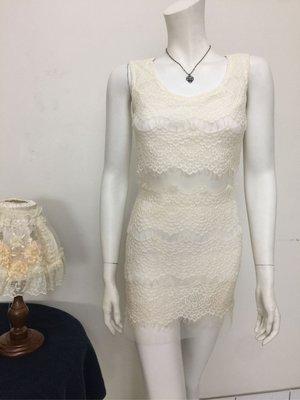 米白性感腰部鏤空洋裝