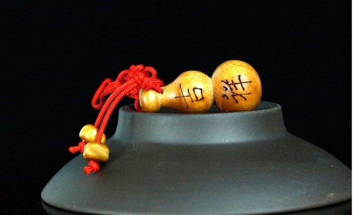 【螢螢傢飾】【五福臨門--吉祥】福禄,平安,吉祥,如意,旺财,桃木雕刻 手機吊飾,招财辟邪吉祥物.