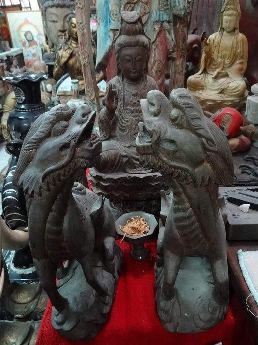 [御寶閣] 古董 文物 藝品 字畫 化石~老木雕 貔貅 一對 木雕貔貅 老貔貅 招財神獸 吉祥獸