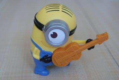 2015 麥當勞 McDonald's 快樂兒童餐第二期 Minions 小小兵 3號吉他高手史都華 會唱歌 神偷奶爸