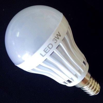 5Cgo【代購】110V E14 3w LED 節能90% 暖白光 亮白光 球泡燈高效燈泡 另7w 5w 220V 含稅