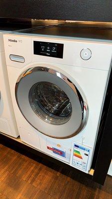 德國代購/現貨含運 Miele WCR890 WPS洗衣機,中文繁體選單系統。