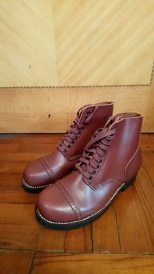 US Army boots size US8