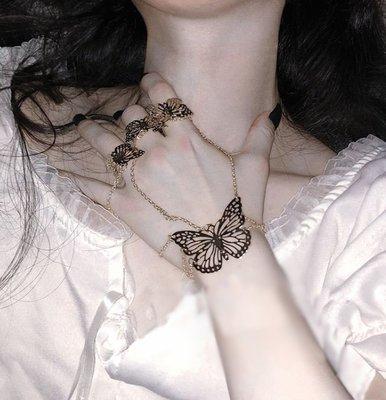 【黑店】蝴蝶手鍊連戒指一體 個性飾品龐...