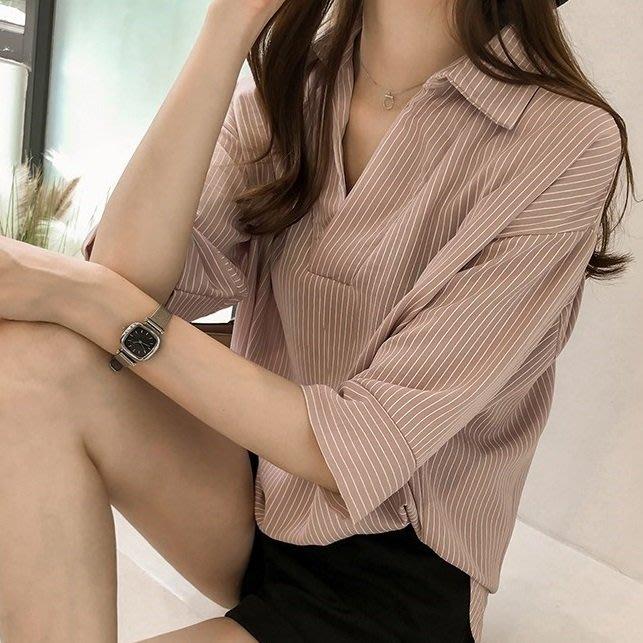 (XA-8776)厚片女孩豎條紋V領襯衫女上衣服落肩七分袖寬鬆大尺碼韓版顯瘦M-2XL