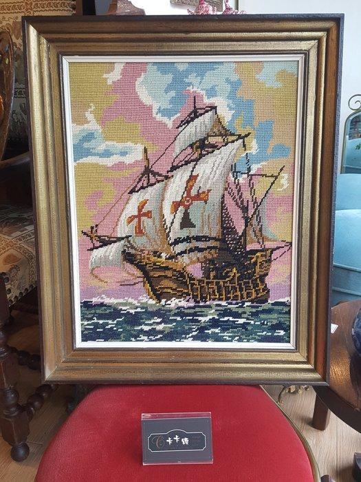 【卡卡頌 歐洲跳蚤市場/歐洲古董】歐洲老件_比利時 海上 帆船 針織 十字繡 木框 古董針織畫 老掛畫 pa0149